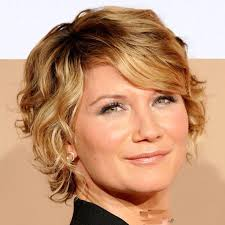 hairstyles elegant short hairstyles for curly hair for older