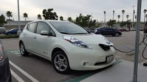 nissan leaf key fob battery battery lifetime how long can electric vehicle batteries last
