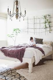 Making A Platform Bed From Pallets by Best 25 Tall Bed Frame Ideas On Pinterest Pallet Platform Bed