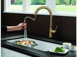 delta touch20 kitchen faucet delta trinsic single handle pull kitchen faucet featuring