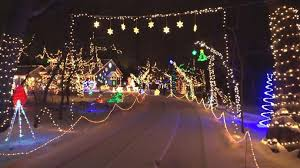 christmas lights elkhart family s christmas light display goes above and beyond