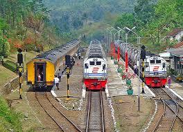 Kereta Api 318 Best Kereta Api Images On Tracks Indonesia