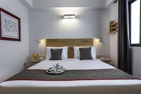 hotel oyo townhouse jubilee hills hyderabad india booking com