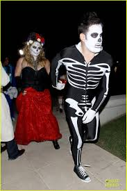 hilary duff u0026 mike comrie day of the dead halloween couple