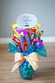 graduation favors to make best 25 candy bar bouquet ideas on candy