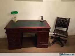 bureau chesterfield mahonie noten teak chesterfield bureau buro v a 454 55 te koop