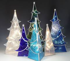 Christmas Tree Translucent Window Decorations by Best 25 Glass Christmas Tree Ideas On Pinterest Glass Christmas