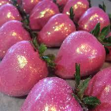 White Pink Chocolate Covered Strawberries Chocolate Covered Strawberries Laney Girls 4th Pinterest