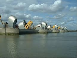 thames barrier failure risk and uncertainty calculating the thames barrier s future