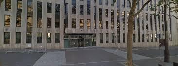siege du fmi une femme blessée dans l explosion d un courrier piégé au bureau