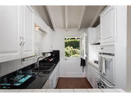 r d kitchen fashion island 220 kings pl newport beach ca 92663 mls oc17187607 redfin