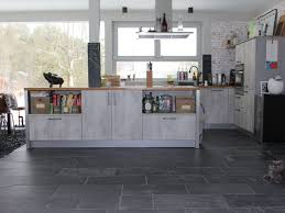 Wohnzimmer Ideen Dunkle M El Küche Mit Holzboden U2013 Sind Sie Pro Oder Contra U2013 Eyesopen Co