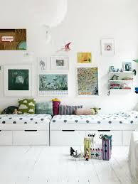 chambre bebe design scandinave 10 idées inspirantes pour décorer la chambre de vos enfants avec
