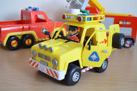 fireman sam tom thomas mountain rescue 4x4 jeep sounds lights toy