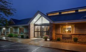 Red Cottage Inn Suites by Red Wing Mn Hotels Americinn Red Wing Hotel U0026 Suites
