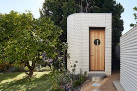 Paloma Architects Home by Art Deco House Brickworks Building Products