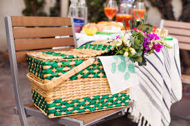 date basket 10 must haves for a diy outdoor date brit co