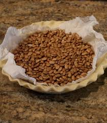 Keeping Pumpkin Pie Crust Getting Soggy by How To Blind Bake Par Bake Pre Bake A Pie Crust My Country Table