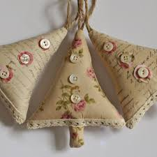 Mother Of Pearl Christmas Decorations by Shabby Chic Christmas Decorations Cute Maybe Use Some Of That