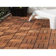 pavimentazione giardino prezzi pavimenti in legno legno composito e plastica per esterni prezzi