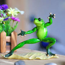 Frog Desk Accessories Novelty Frog Figurines Kongfu Green Resin Frogs Desk Decor
