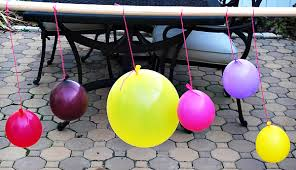 How To Make A Balloon Chandelier Diy Tutorial Creative Yarn Chandelier Hostess With The Mostess