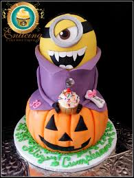 3d minion halloween dracula madness on cake central cakes and