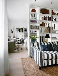 coin chambre dans salon coin chambre dans le salon 40 idées pour l aménager séparateurs