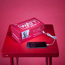 charging box kfc box of chicken can charge phone time
