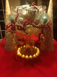simple but elegant christmas table decor using punch bowl cups