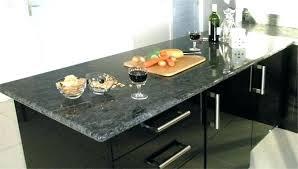 cuisine avec plan de travail en granit plan de travail en marbre noir plan de travail cuisine granit noir