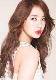 waivy korean hair style yoon eun hye long wavy hairstyles with hair color for korean womens