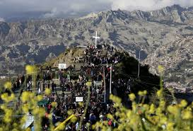 photos during holy week christians across globe observe jesus