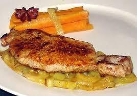 cuisiner une cote de veau recette de côte de veau sur un lit de fenouil et carotte à l orange
