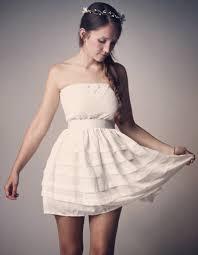 tenue invit e mariage robe bustier en crêpe de soie et guipure sfez 50 robes