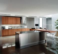 cuisine alu et bois cuisine contemporaine avec ilot central rutistica home solutions