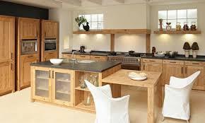 cuisine contemporaine en bois cuisine chene massif moderne