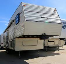 One Bedroom Trailers For Sale New Or Used Fifth Wheel Campers For Sale Camping World Rv Sales