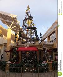 christmas decor at fashion valley mall in san diego california