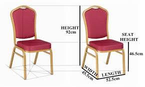 chaise d église en gros pas cher utilisé empilage restauration à manger de mariage