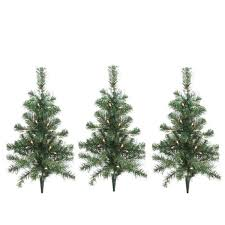 Outdoor Christmas Ornaments Lighted by Pack Of 3 Lighted Christmas Tree Driveway Or Pathway Markers