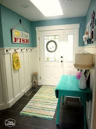 love the beadboard entryway for the home pinterest mud rooms