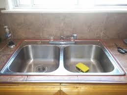 How To Caulk A Kitchen Sink Where To Caulk This Kitchen Sink With Pictures Doityourself