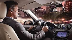 norme si e auto b auricolari alla guida come dove quando l automobile