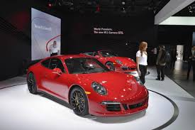 Porsche 911 Gts - 2015 porsche 911 carrera 4 gts 4 gts coupe side ipad wallpaper