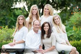 beautiful family pictures by king studios http