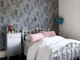 modèle de papier peint pour chambre à coucher le papier peint la chambre coucher par carnet deco a newsindo co