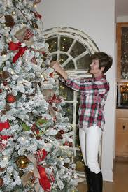 easy christmas tree decorating tips the design twins diy home