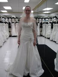 Low Cost Wedding Dresses Find Wedding Dresses At A Low Price Under 200 Dollars