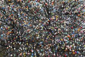 german easter egg tree easter 2015 egg hunt ideas how to dye decorate and hide eggs for kids